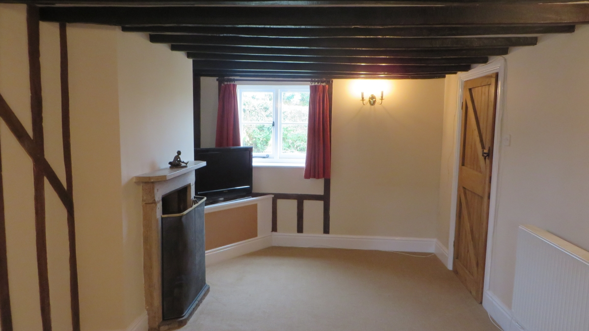 New Carpets fitted in Warwickshire holiday cottage