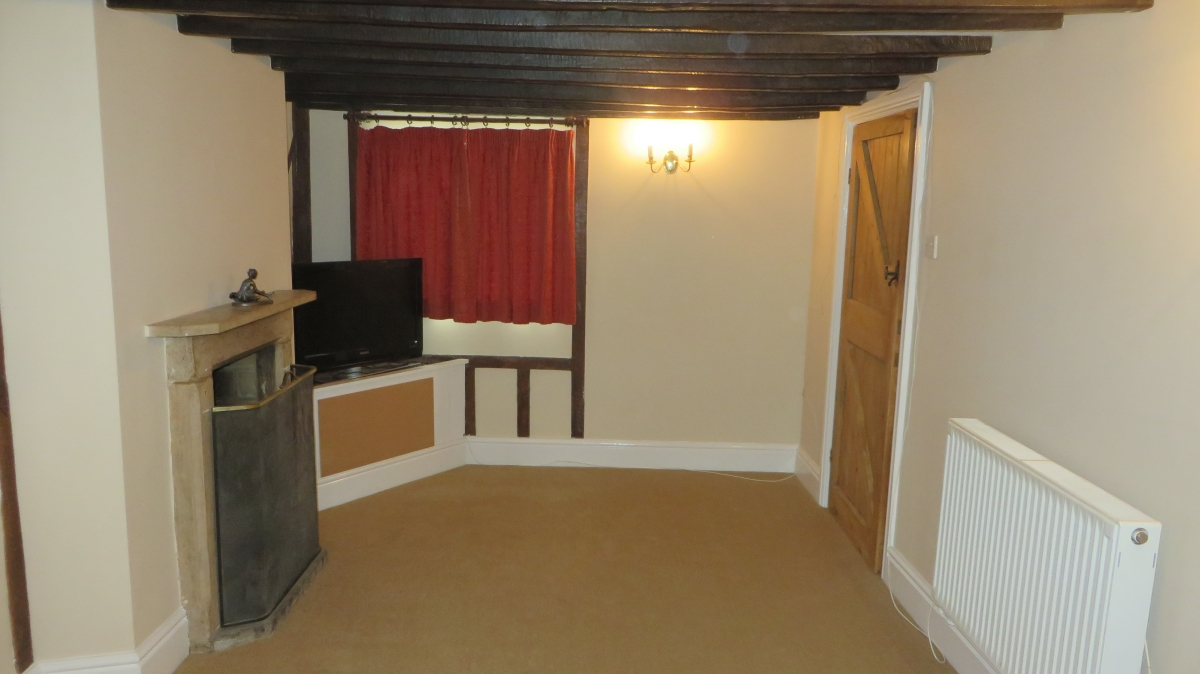 New Carpets fitted in South Warwickshire holiday cottage